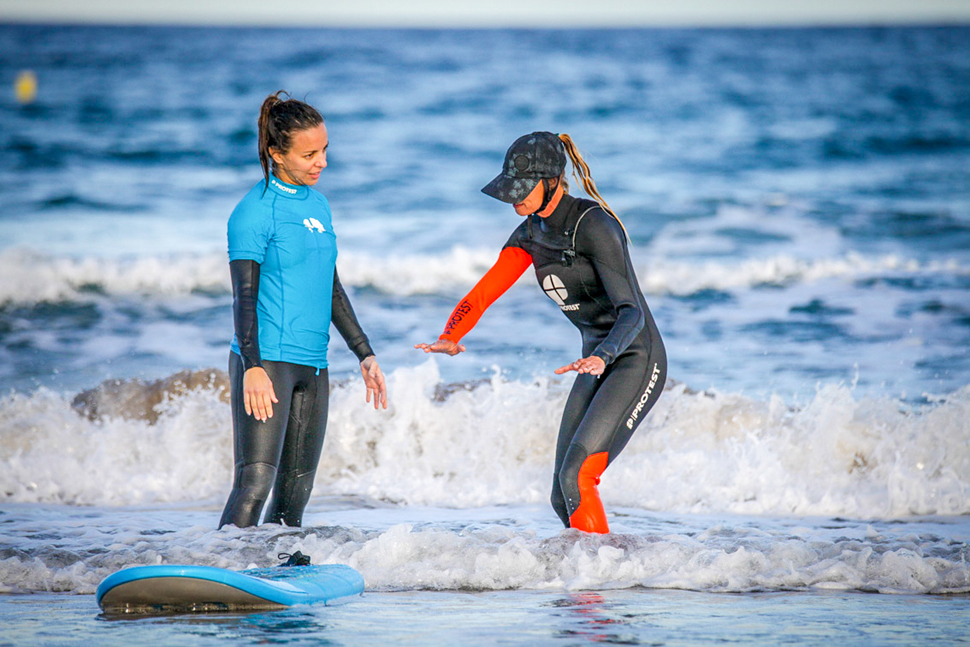 Surfschool Private surf lessons in Fuerteventura | Protest Surfcenter Fuerteventura